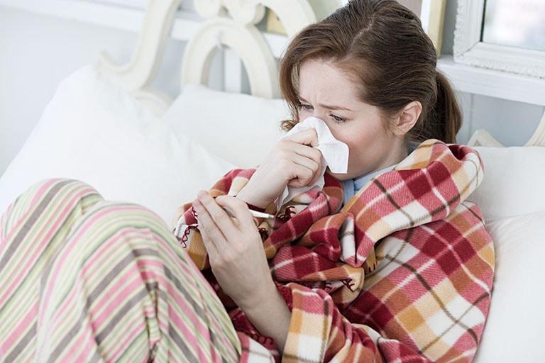 Cách chữa cảm lạnh sau sinh