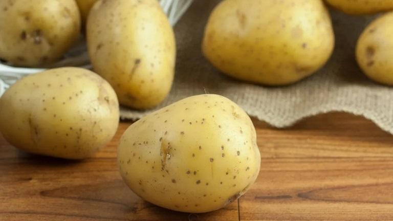 Hướng dẫn cách chữa sâu răng ở trẻ em bằng khoai tây