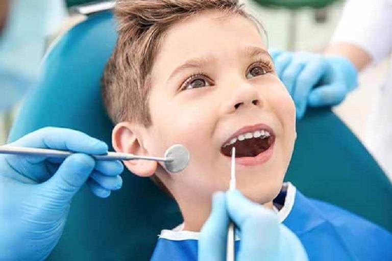 Thông qua hình ảnh sâu răng trẻ em bác sĩ sẽ có phương pháp điều trị hợp lý
