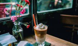 Cà phê cốt dừa được tạo ra nhờ công thức pha chế đặc biệt đã trở thành xu hướng đồ uống giới trẻ hiện nay