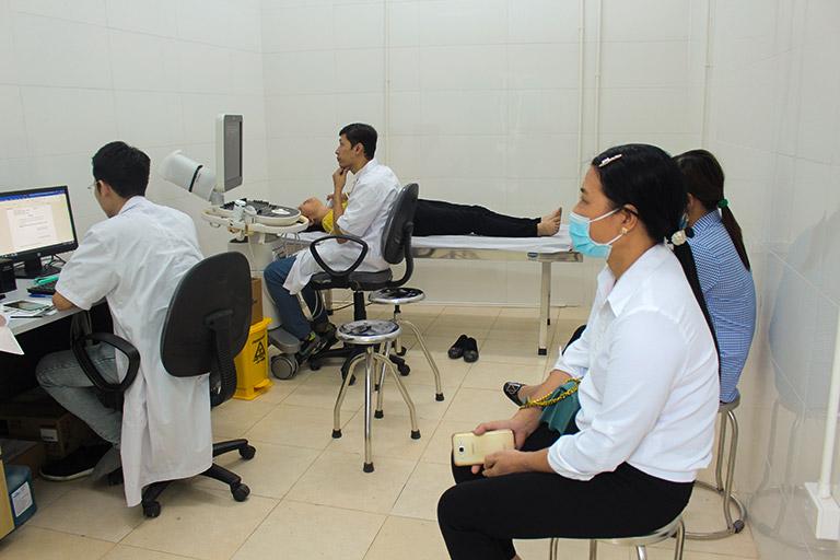 Bệnh nhân được chẩn đoán cận lâm sàng trước khi điều trị bằng Phụ Khang Tán