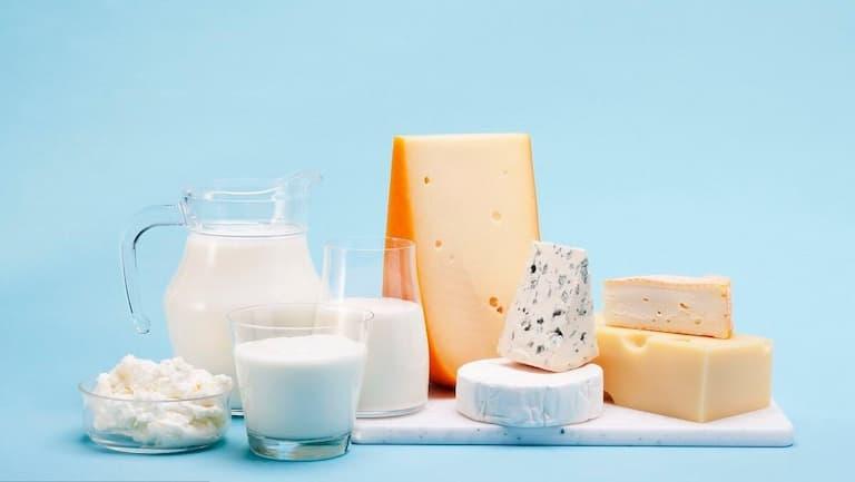 Các chế phẩm từ sữa cung cấp nguồn canxi dồi dào cho xương và răng