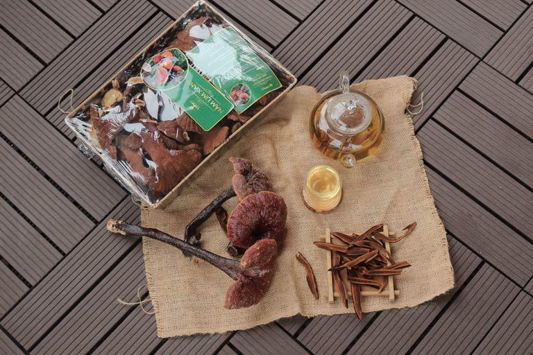 Nấm lim xanh Vietfarm chất lượng cao, sang trọng thích hợp làm quà biếu tặng